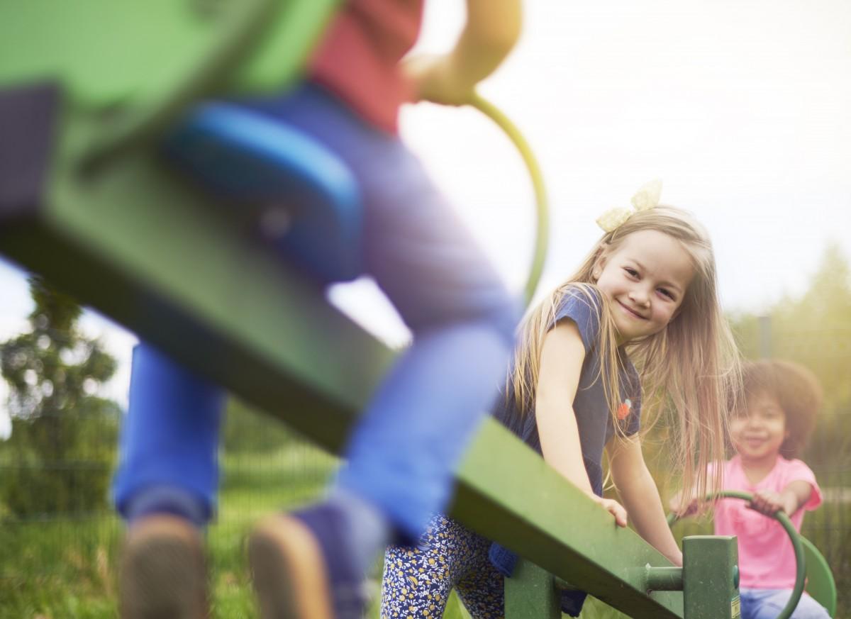 Kaip užauginti emociškai stiprų vaiką? Vaikų lavinimas