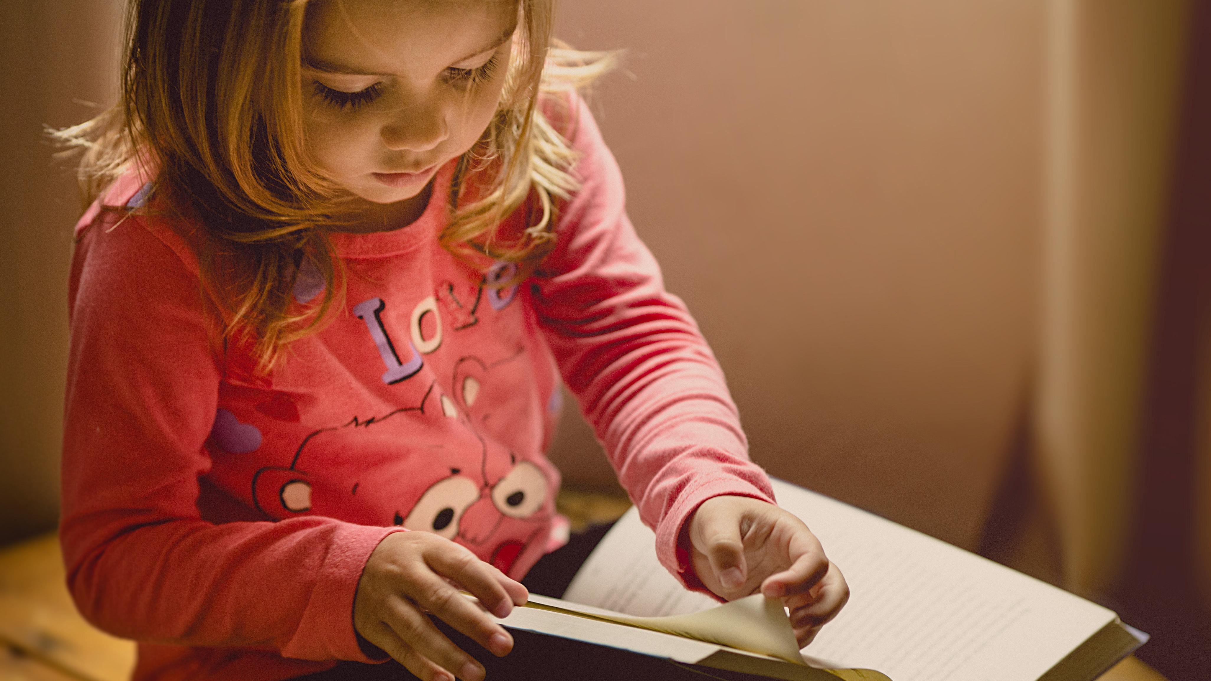 Kaip padėti savo vaikui išmokti mokytis?